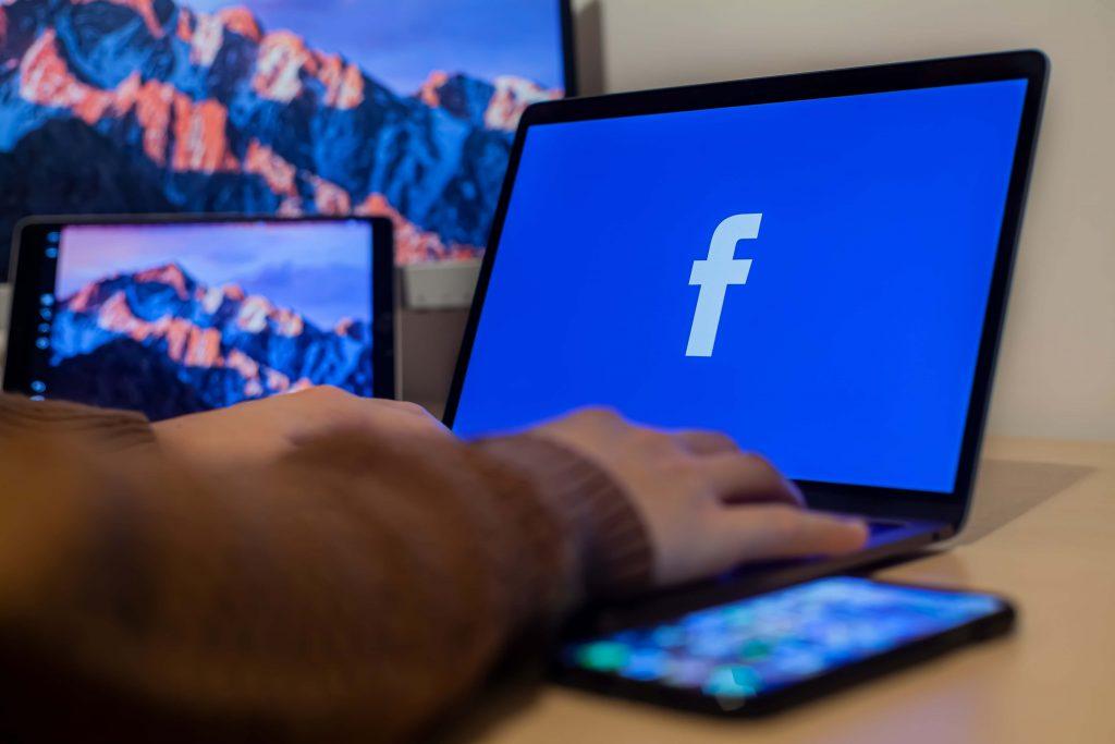 Gruppi di supporto per stomizzati su Facebook